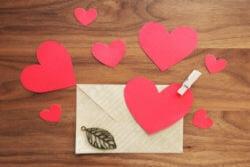 返報性の原理という人間心理を上手に使うと、恋愛の様々な場面で有利